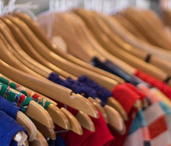 key ingredients to promoting your brick and mortar store online 2014 01