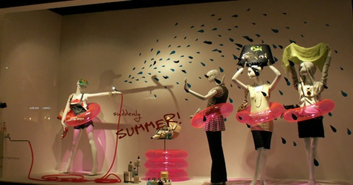 Ideas for summer window displays boutique window for Boutique window display ideas